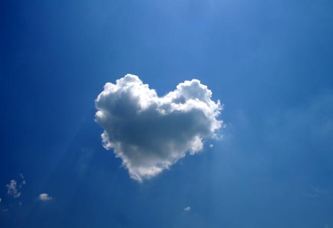 love-heart-3178x2176-clouds-blue-sky-hd-920